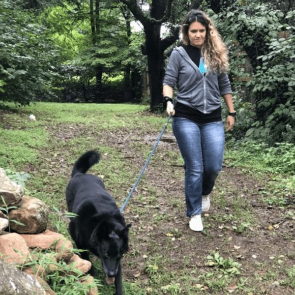 Petra's Dog Resource Center - Leash Walks